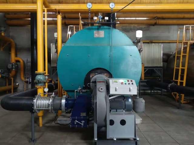 巴州库尔勒火车东站机务段2.8MW常压燃气热水供暖锅炉。